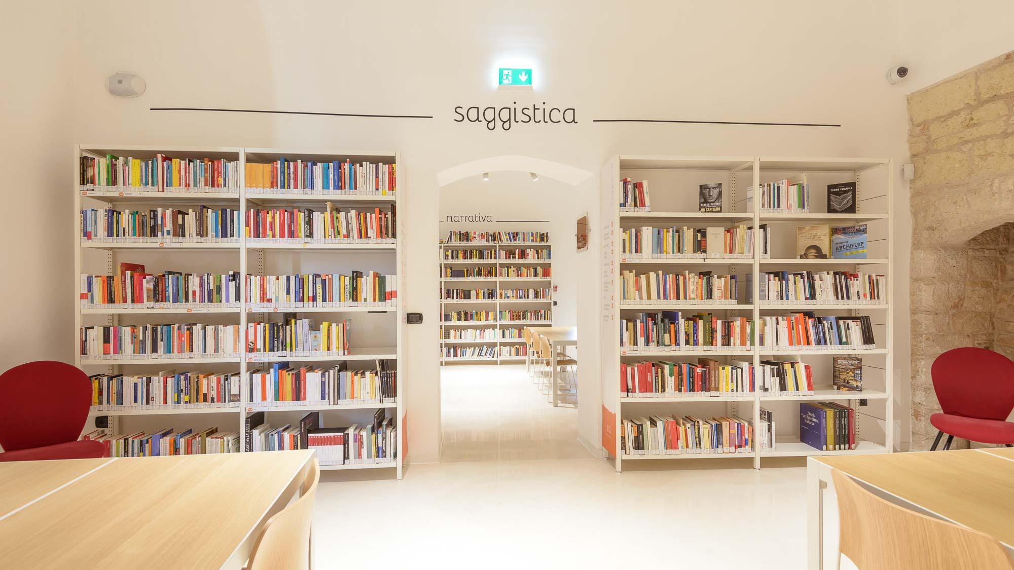 """Riapre la biblioteca a Sannicandro. Loizzo: """"una risposta al bisogno di crescita culturale"""""""